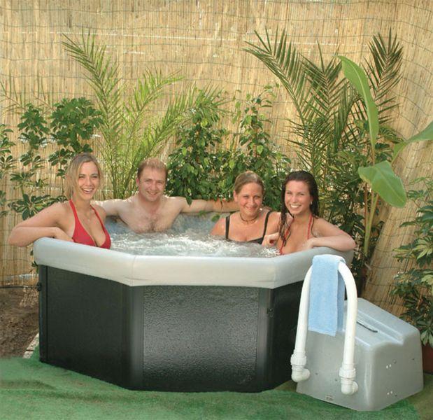 Demonteerbare en verplaatsbare spa - Zwarte pool liner ...
